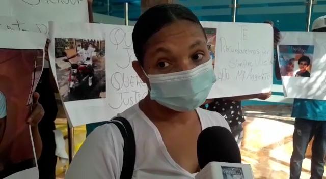 Madre pide justicia para hijo; dice ha ido a la PN y no le hacen caso